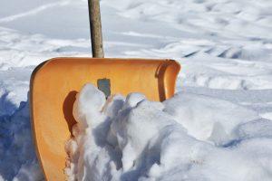 snow-shovel-2001776_1280