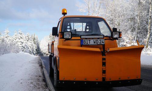 winterdienste24-fahrzeug